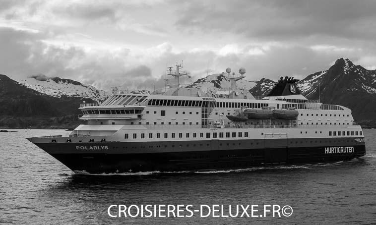 Une croisière pleine d'aventure en Arctique avec la compagnie Hurtigruten