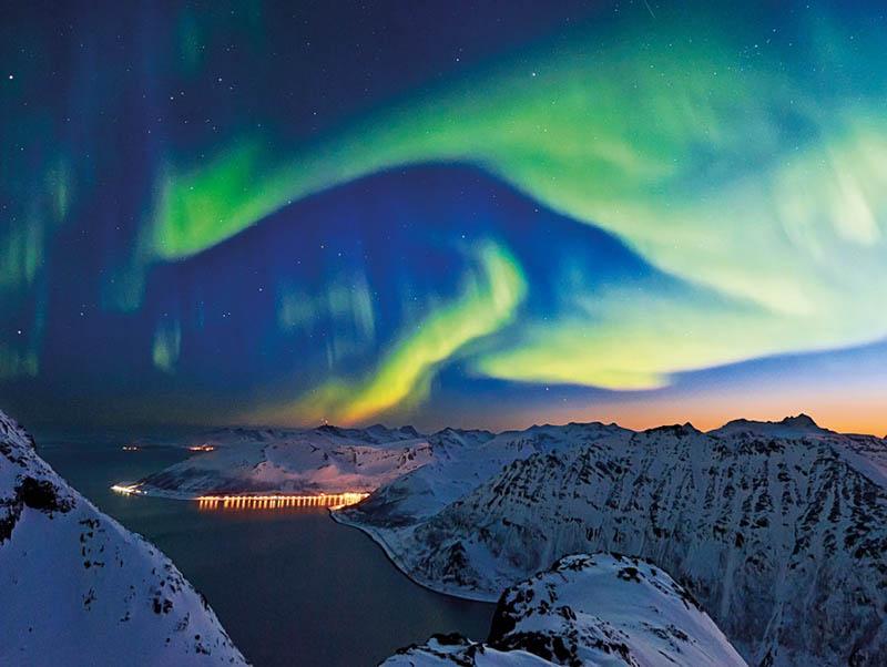 Hurtigruten promet aux croisiéristes les aurores boréales à tout prix! 2017 – 2018